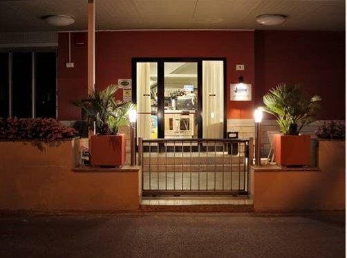 Hotel Laura - фото 15