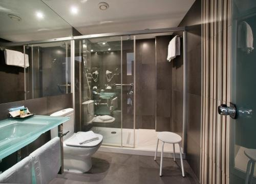 Hotel Restaurant Ronda Figueres - фото 10