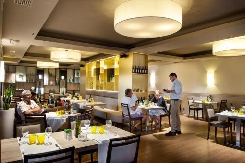 Hotel Restaurant Ronda Figueres - фото 13