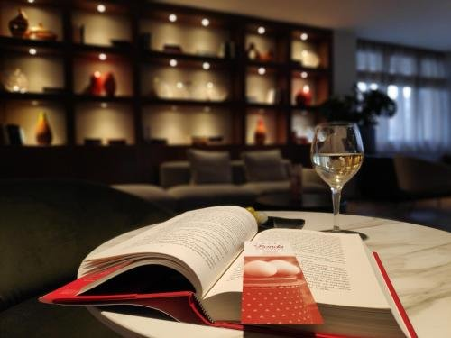 Hotel Restaurant Ronda Figueres - фото 14