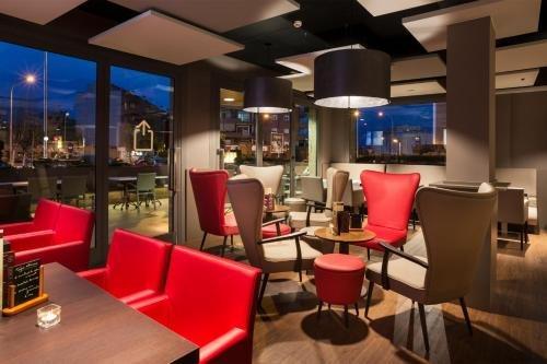 Hotel Restaurant Ronda Figueres - фото 7