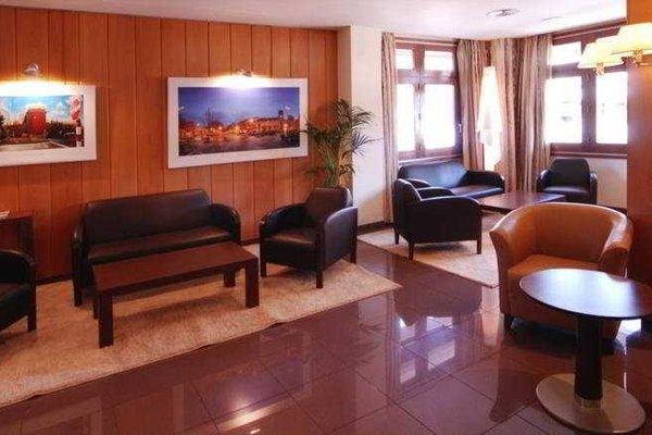 Hotel Restaurant Ronda Figueres - фото 8