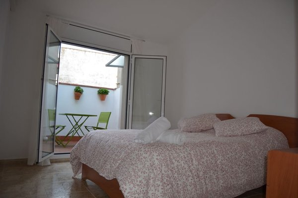 Apartments Figueres - фото 3