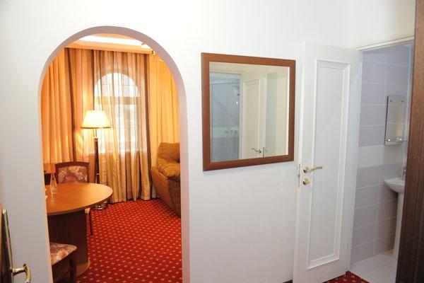 Гостиница «Отдых», Зубово