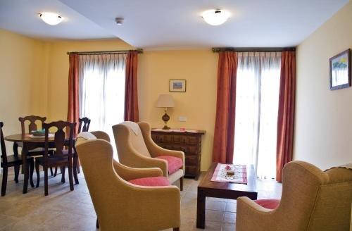 Apartamentos Turisticos Casa de La Borrega - фото 6