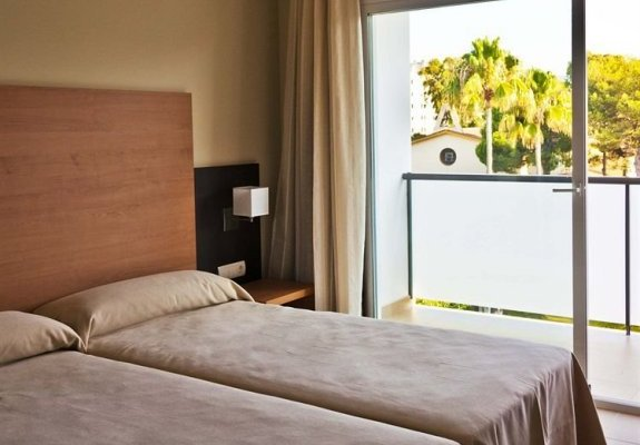 Hotel Isdabe - фото 3