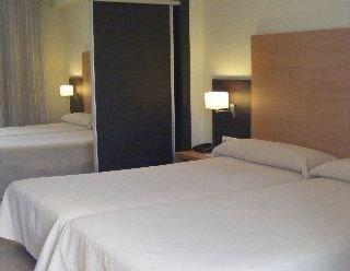 Hotel Isdabe - фото 8