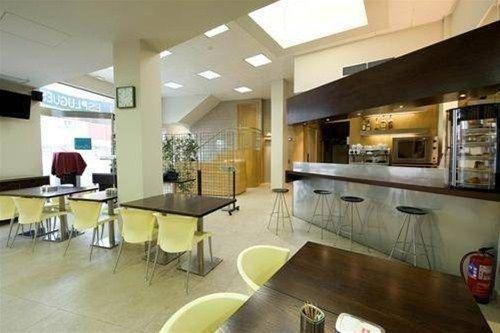 Hotel Esplugues - фото 11