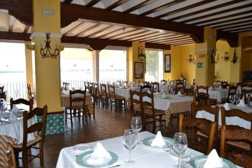 Hotel Restaurante Toruno - фото 12