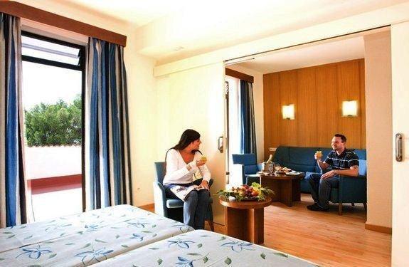 HSM Hotel President - фото 2