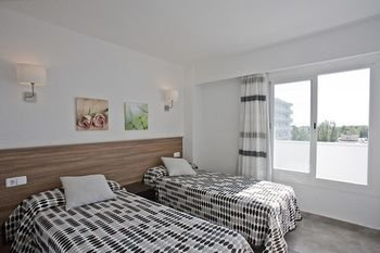 Apartamentos Siesta I - фото 1