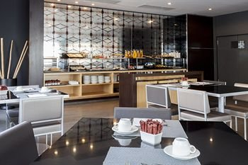 AC Hotel Elda, a Marriott Lifestyle Hotel - фото 10