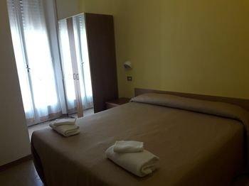 Hotel Grazia Rimini - фото 2
