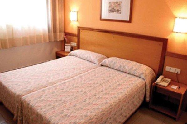 Hotel Cisneros - фото 1