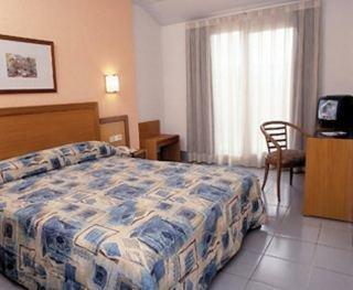 Hotel Cisneros - фото 2