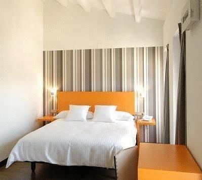 Hotel Cienbalcones - фото 20