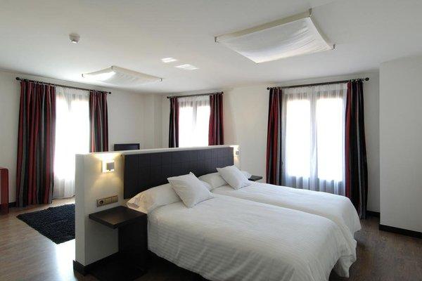 Hotel Cienbalcones - фото 1