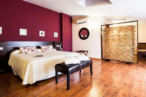 Hotel Dona Manuela - фото 1