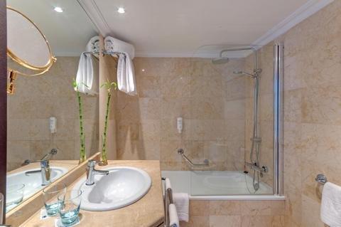 Tryp Alicante Gran Sol Hotel - фото 9