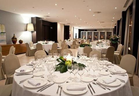 AC Hotel Alicante, a Marriott Lifestyle Hotel - фото 10