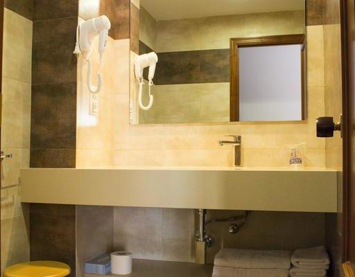 Hotel L'Escala - фото 10