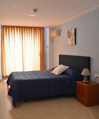 Hotel L'Escala - фото 2