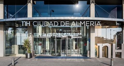 NH Ciudad de Almeria - фото 20