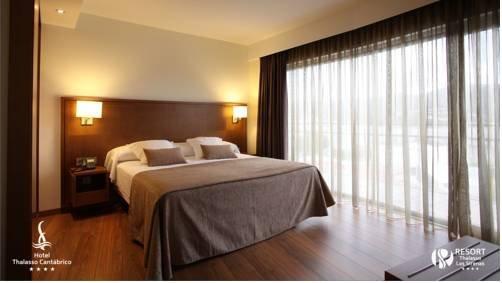 Hotel Thalasso Cantabrico Las Sirenas - фото 1