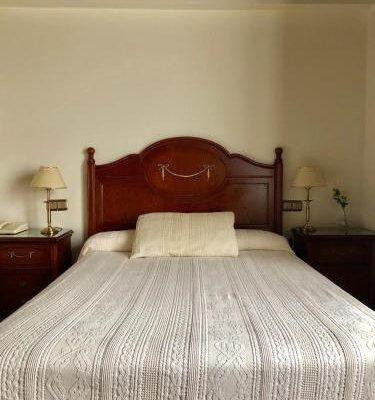 Hotel Rey Chindasvinto - фото 1