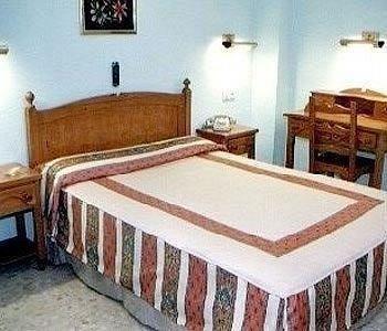 Hotel Serrano - фото 1