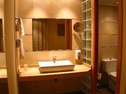 Hotel Serrano - фото 9