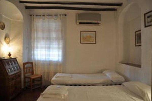 Seneca Hostel - фото 1