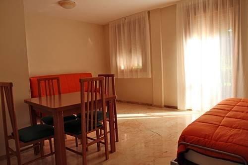 Apartamentos Turisticos Puerta Nueva - фото 19