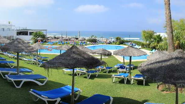 Hotel Conil Park - фото 16