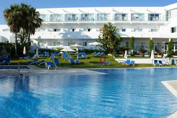 Hotel Conil Park - фото 18