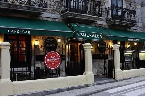 Hostal Esmeralda - фото 12