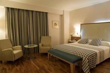 Hotel Santa Cecilia - фото 2