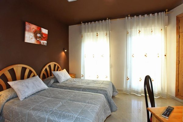 Hotel Navarro - фото 2