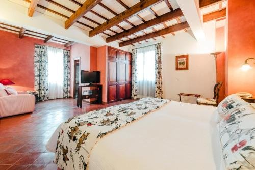 Hotel Rural Sant Ignasi - фото 2