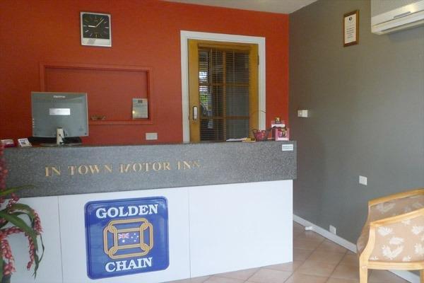 In Town Motor Inn - фото 12
