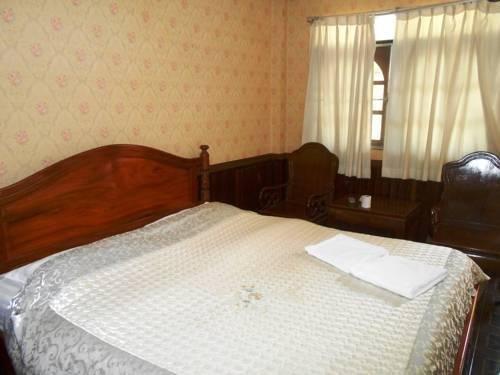 Phonepaseud Hotel, Саваннакхет