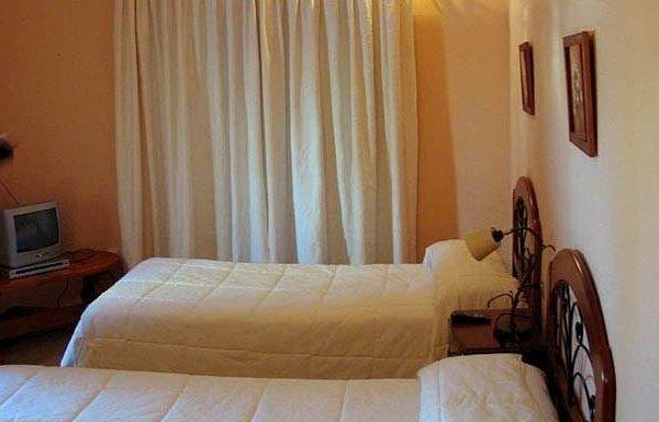 Гостиница «TORREON LAS FUENTES», Benablón