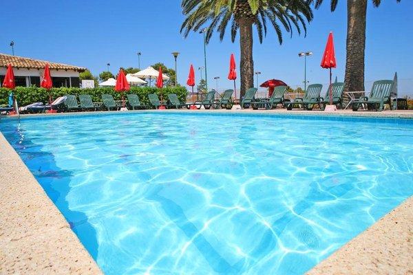 Hotel Na Taconera - фото 20