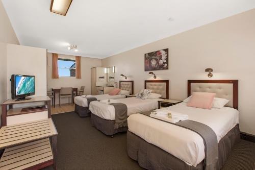 Sundance Park Motel - фото 50