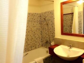 Avilla Phasouk Hotel - фото 8