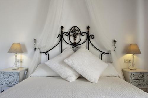 Petit Hotel Es figueral - фото 1