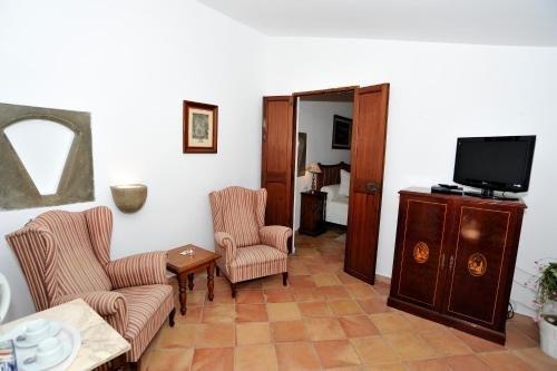 Petit Hotel Es figueral - фото 3