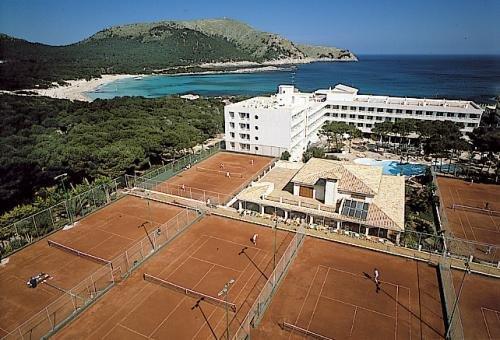 Hotel & Spa S'Entrador Playa - фото 23