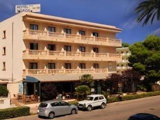Hotel Moron - фото 23