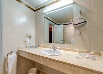 Hotel Monte Puertatierra - фото 9